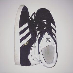 Adidas black suede gazelles